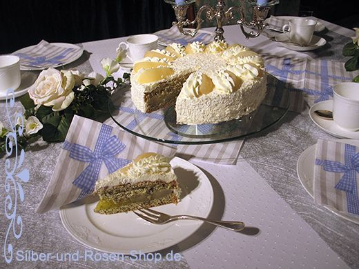 Weiße Torte für Kommunion Hochzeit oder Taufe. Rezept zum Ausdrucken dabei.