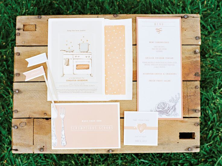 Bridal Shower: Who's Invited to a Bridal Shower? | Photo by: Marisa Holmes Photography | TheKnot.com