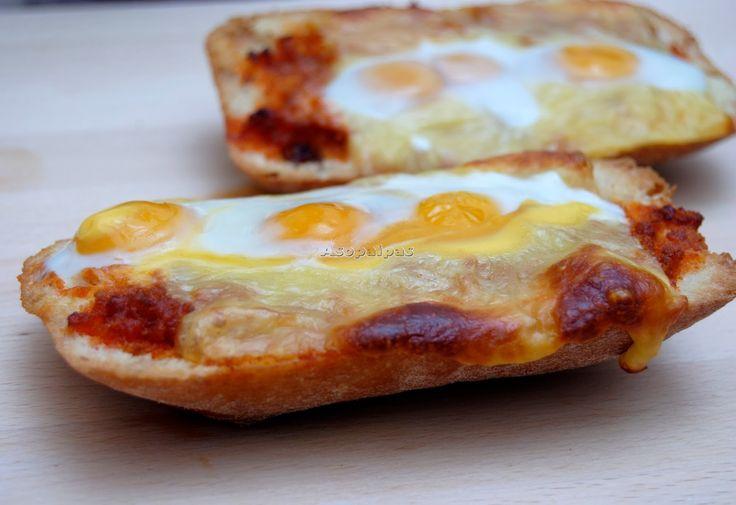 Tostadas de Sobrasada, Queso Cheddar y Huevos de Codorniz