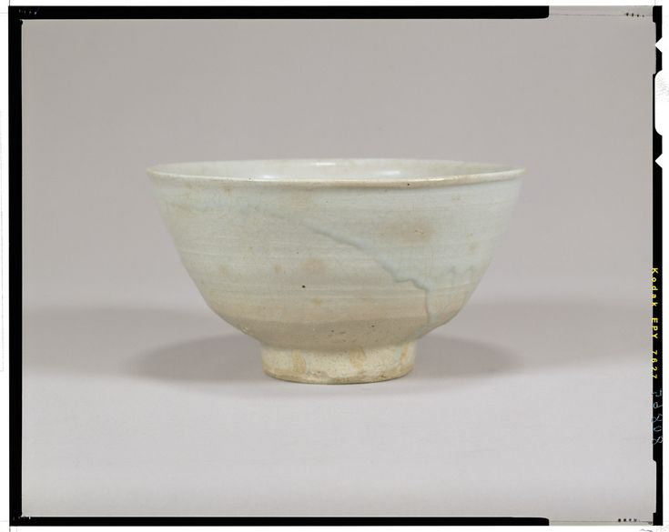 White porcelain bowl  Korea, Joseon dynasty, 16th c  National Museum of Tokyo