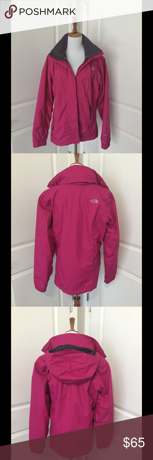The North Face Ladies Jacket Gently loved rain jacket light weight 100% nylon The North Face Jackets & Coats