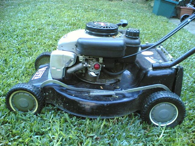 solar powered lawn mower The solar lawn mower is a fully automated grass cutting robotic vehicle powered  by solar energy that also avoids obstacles and is capable of fully automated.