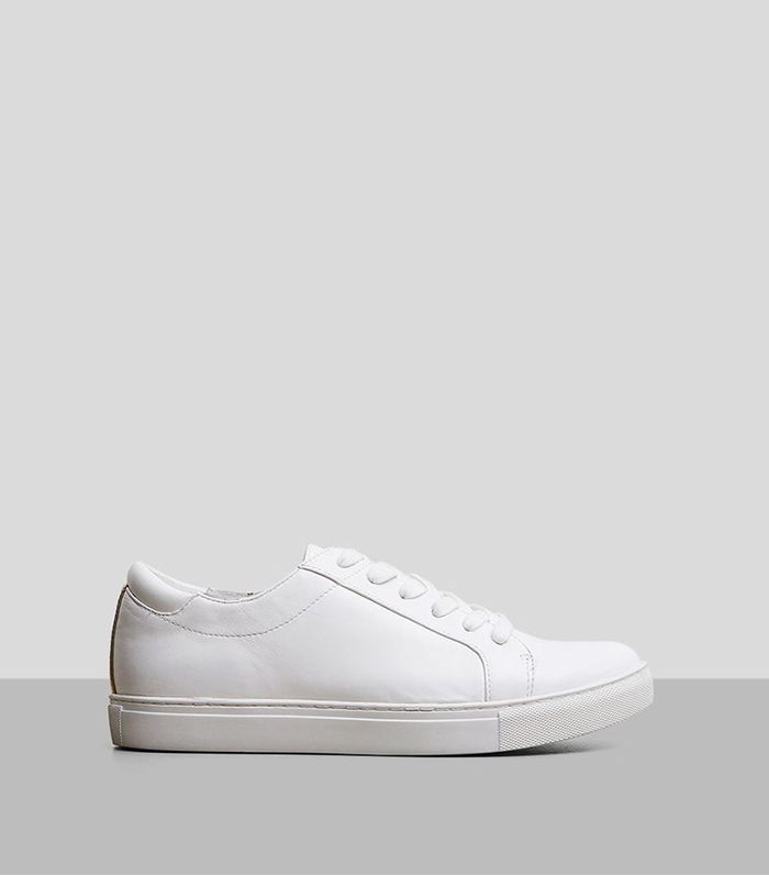 The White Sneakers Nearly Every Fashion Girls Own via @WhoWhatWear