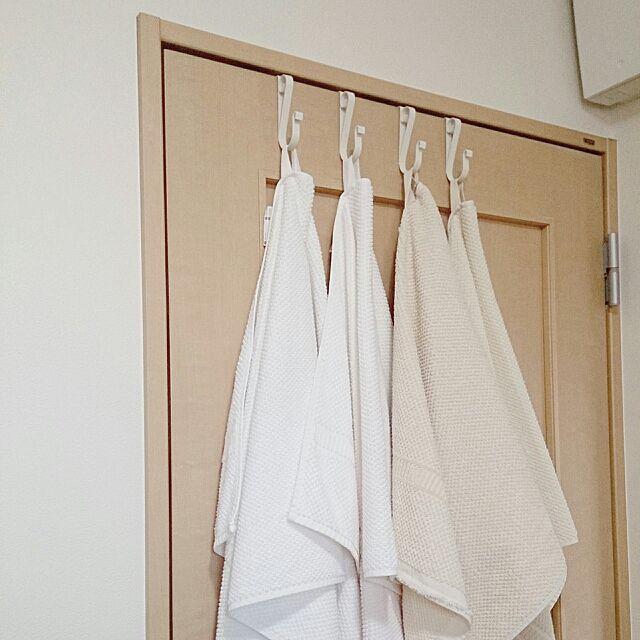 セリア ドアフックのインテリア実例 Roomclip ルームクリップ Bathroom Ikea 洗面所 セリア バスタオル ドアフック 76組 ドアフック 玄関ドア フック インテリア