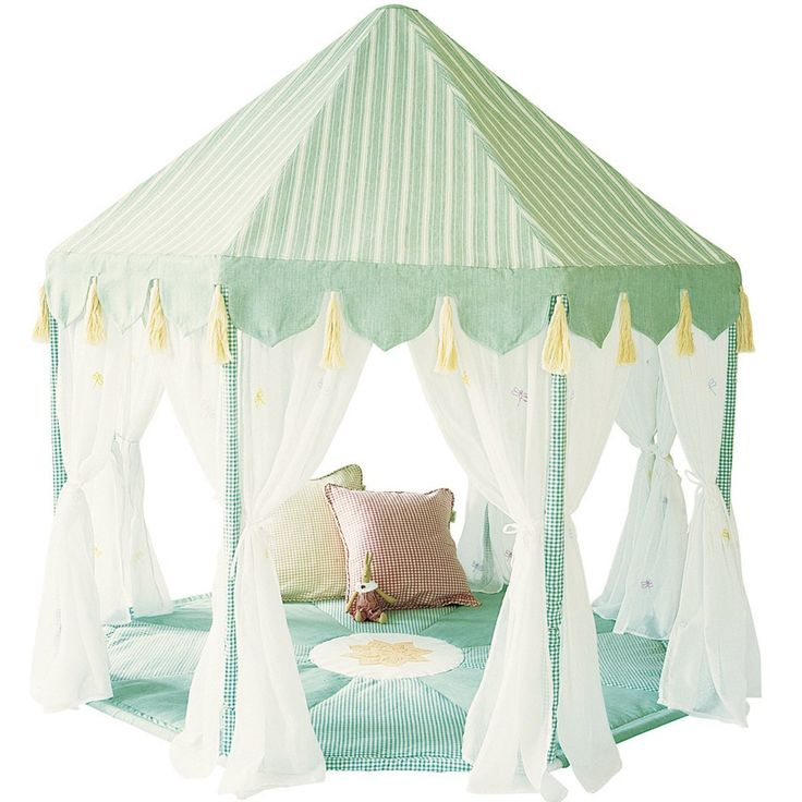 Win Green Cotton Play Tent Pavilion and Quilt -Willow Green