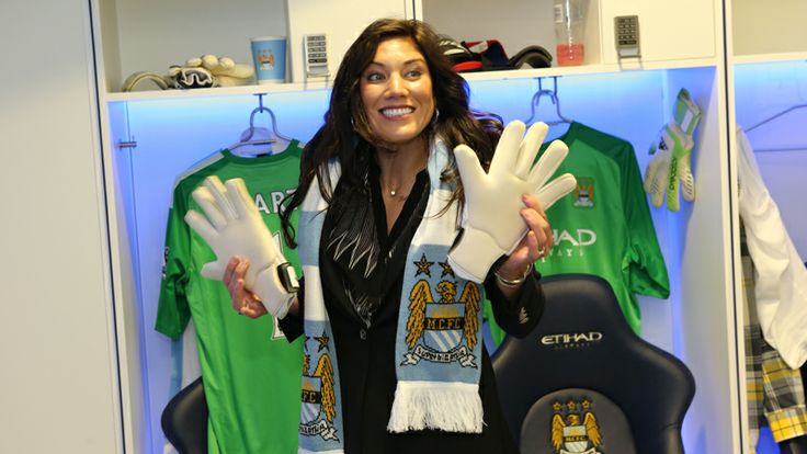 Hope Solo goalie gloves