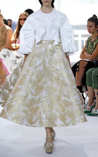 エレガントなパーティースタイル。素敵な40代の着こなし術♡アラフォー 台形スカートコーデを集めました!