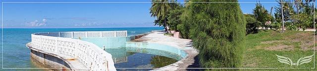 The Establishing Shot: James Bond Thunderball Film Location - Emilio Largo's Palmyra Estate Shark Pool - Rock Point, New Providence Island, Bahamas by Craig Grobler, via Flickr
