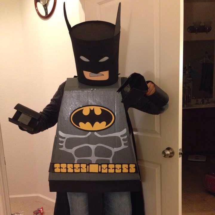Inspired by The LEGO Movie, our Fan of the Week, Ting, created this awesome LEGO Batman costume for Halloween!