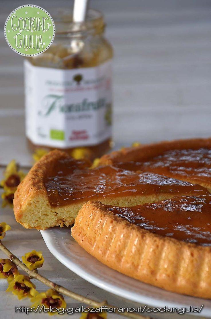 Una morbida crostata con Fiordifrutta Uva Spina: dolciastra, leggermente acidula e molto profumata!! Ricetta qui: http://blog.giallozafferano.it/cookingiulia/2017/02/20/crostata-morbida-fiordifrutta-uva-spina/
