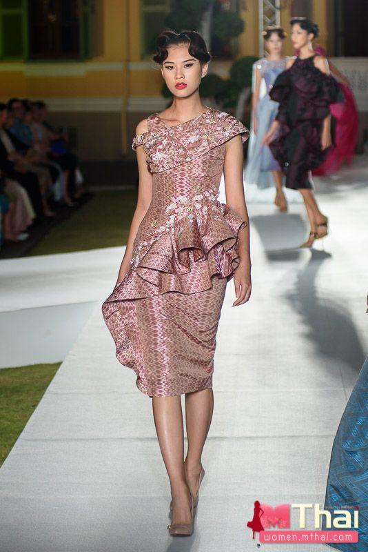 SIRIVANNAVARI Couture
