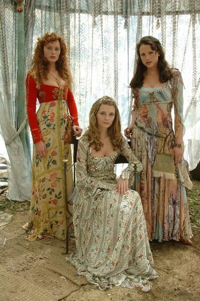 Rosalind Halstead, Mischa Barton, Kate Groombridge (Film Promo Shoot 2007)
