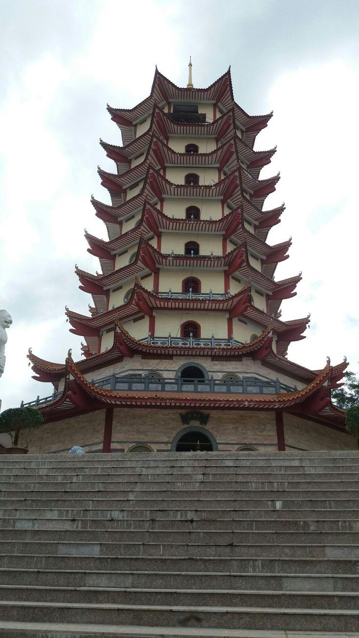 Pagoda kuching4