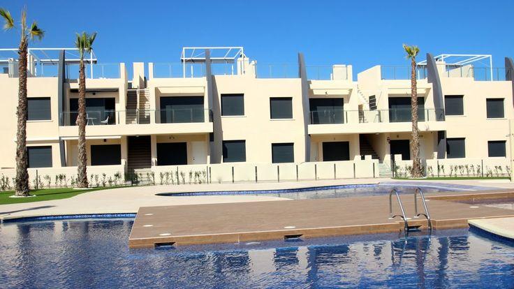 Moderne nieuwbouw appartementen te koop in Torre de la Horadada - Costa Blanca - Spanje. Meer info over deze woning op de website van New Villas in Spain: http://www.newvillasinspain.com/nl/woningen/torre-de-la-horadada/modern-appartement-in-torre-de-la-horadada-76.html
