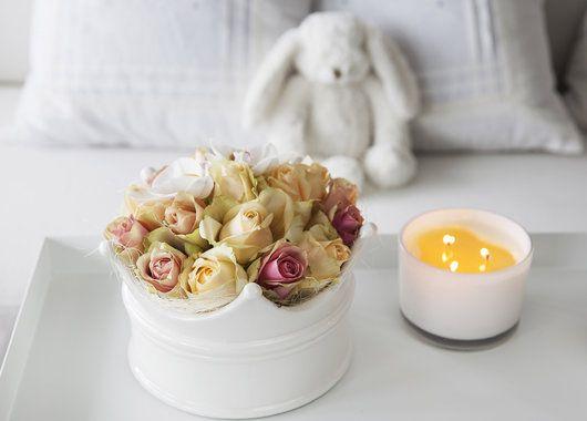 En blomsterkrone til en liten prins eller prinsesse er en hyggelig oppmerksomhet.