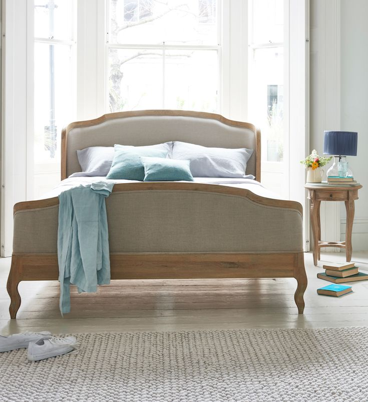 Loaf's solid oak and natural linen Joelle French bed with winged headboard and footboard