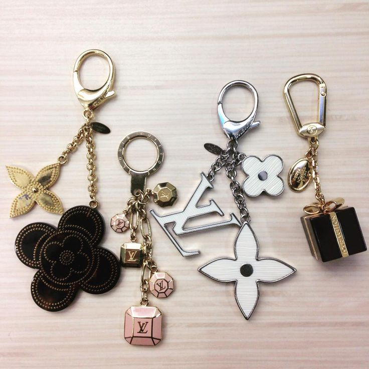 Louis Vuitton Bag Charms. Add style to your bag!! http://keeksdesignerhandbags.com/