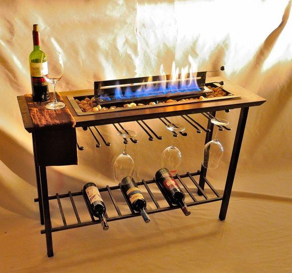 Chimenea y bar integrados. athosmuebles.com