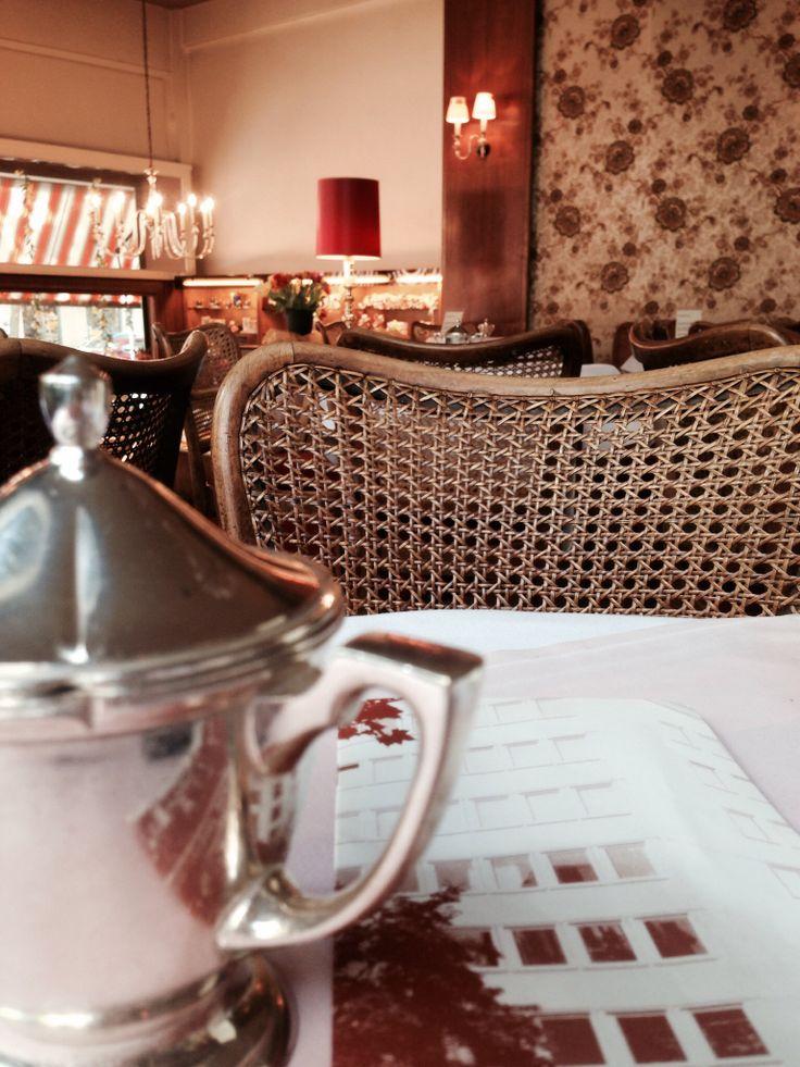 Wunderbare alte Konditorei in Köln: Café Wahlen ❤️