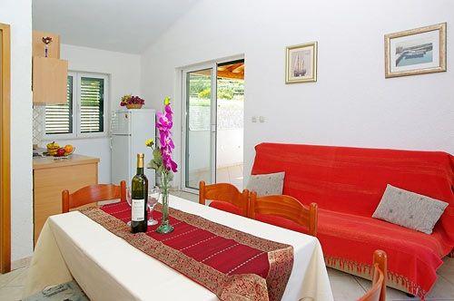 Villa for rent: Villa Oliva 2 - Bol - Island of Brač - Croatia - Adria Tours Bol