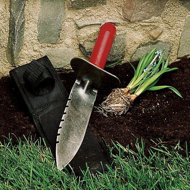 Superb Professional Gardeneru0027s Digging Tool. Gardening ToolsThe ...