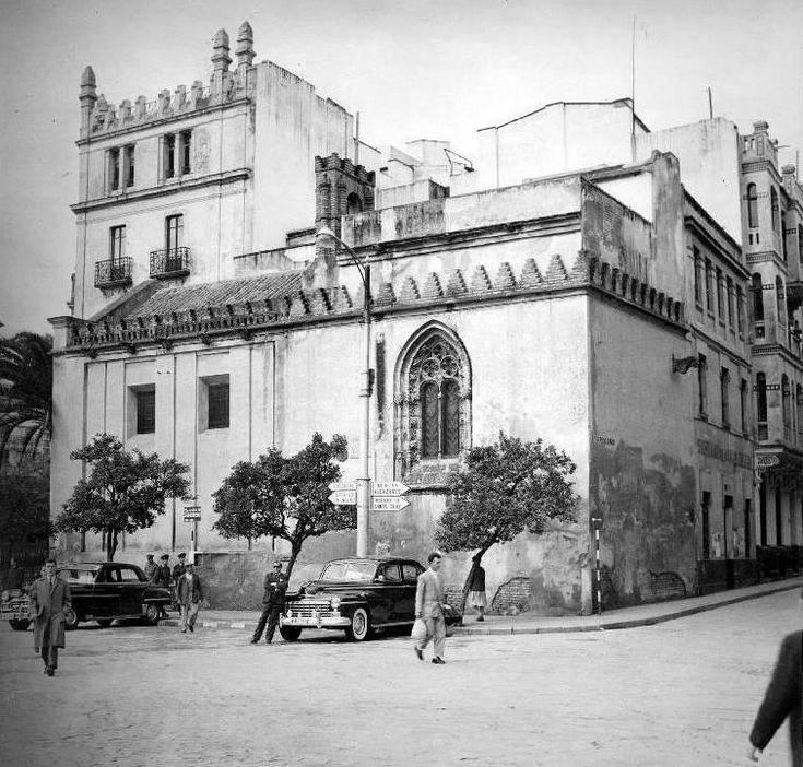Es la capilla de la primera Universidad de #Sevilla, levantada en 1505 #SevillAyer