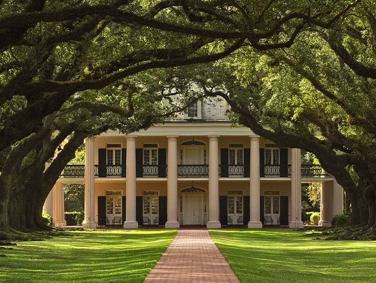 Greek revival architecture revival architecture and big for Louisiana home builders