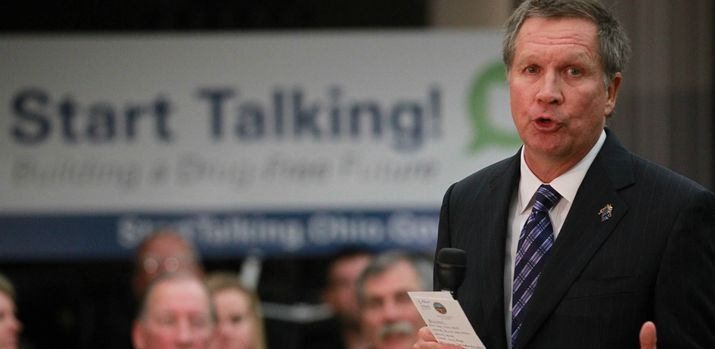 West Carrollton Ohio Newspaper | Governor John R. Kasich speaks at West Carrollton Middle School in the ...