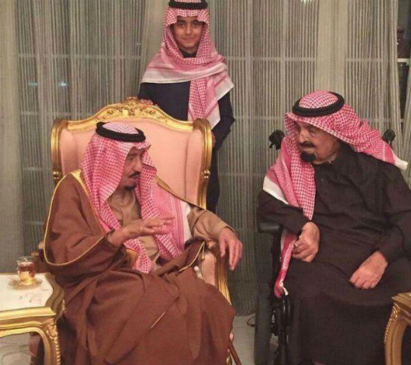 #خادم_الحرمين يزور الأمير مشعل في منزله - صحيفة المواطن الإلكترونية