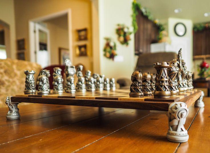 Throne of Kings Game of Chess – Fubiz Media