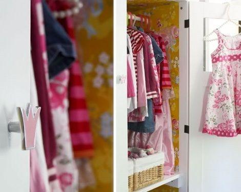 Como forrar el interior de un armario manualidades de - Manualidades para el hogar ...