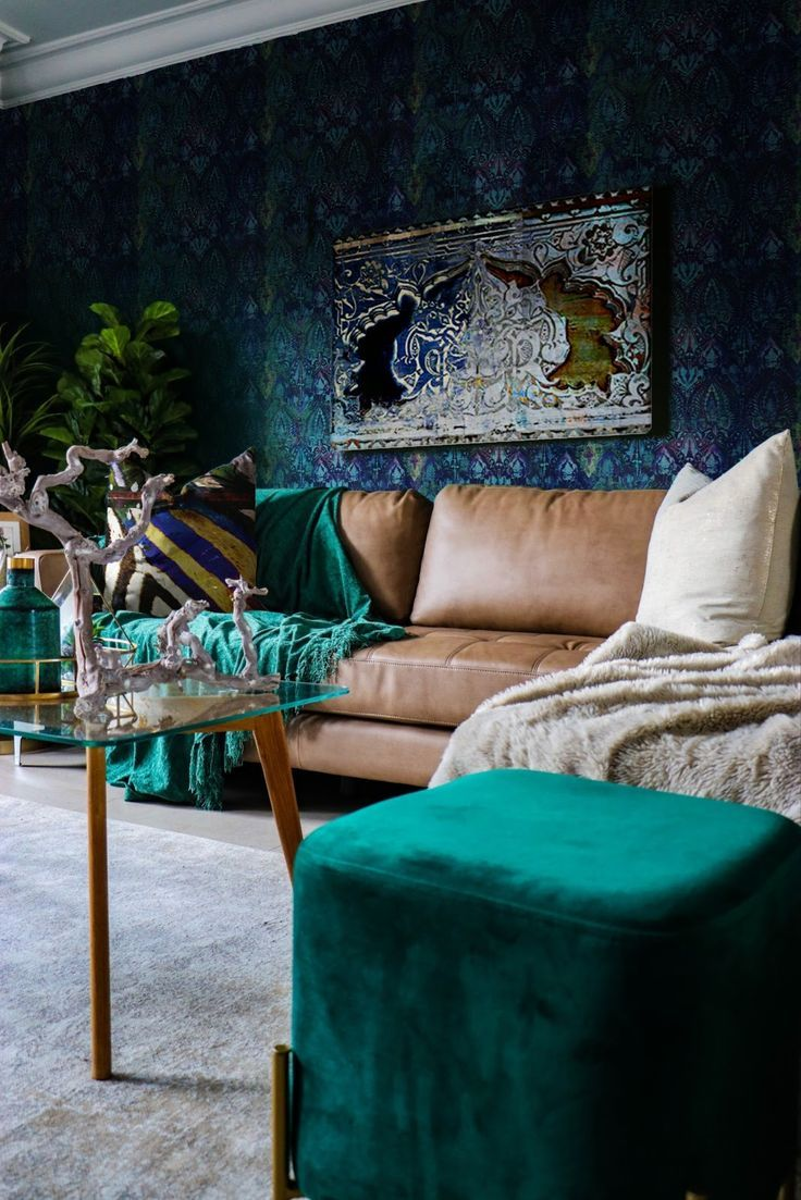 Turn Your Home Into A Jewel Toned Kasbah In One Weekend Smithhonig In 2020 Jewel Tone Bedroom Jewel Tones Interior Design Jewel Tone Room