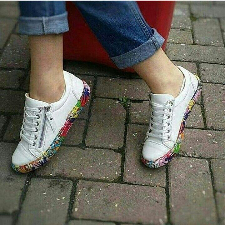 79.99 TL 36-40 Soru ve sipariş için 0531 258 5655 Surat kargo ile gönderim sağlanmaktadır Kargo ücreti 9 TL Ürünlerimiz %100 değişim garantilidir Değişim için 3 iş günü içinde dönüş yapılmalıdır  #moda #trend #stil #shopping #ayakkabı #shoes #fashion #woman #women #kadın #giyim
