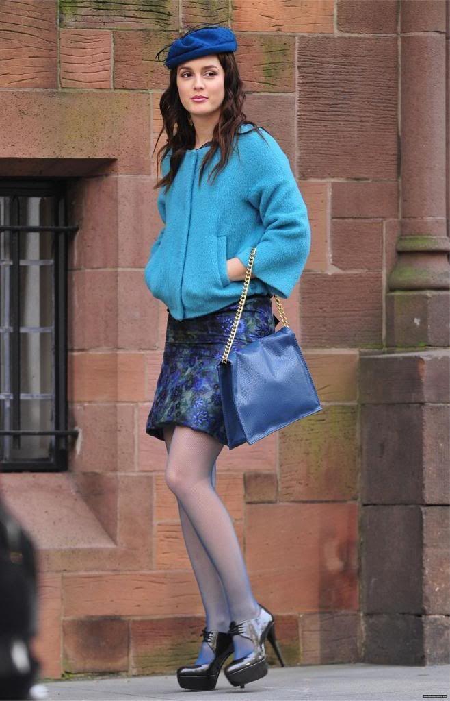 Diane Von Furstenberg jacket.  Carolina Herrera Spring 2011 dress.  Stuart Weitzman shoes.