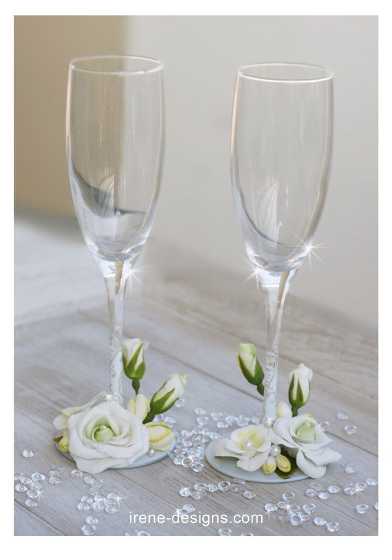 Wedding champagne glasses hand painted. Hand Decorated Wedding Champagne Glasses Set