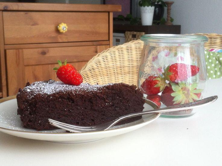 Französischer Schokoladenkuchen, ein raffiniertes Rezept aus der Kategorie Kuchen. Bewertungen: 69. Durchschnitt: Ø 4,6.