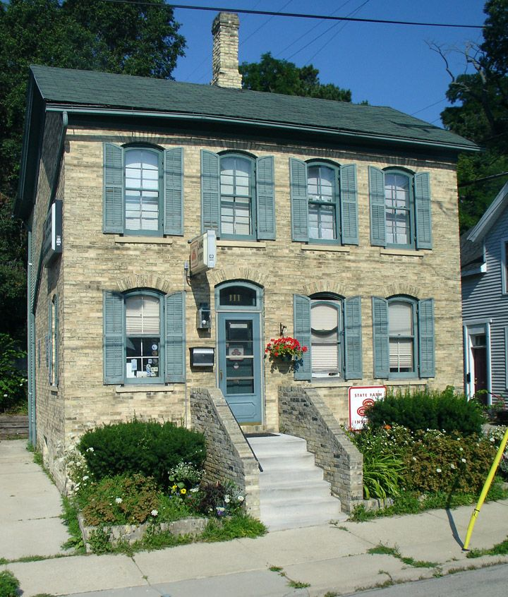 Historic building in port washington wi home sweet home for Port washington wi