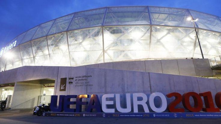 EURO 2016: «UN HAUT NIVEAU DE MENACE», DIT LE MINISTRE DE L'INTERIEUR FRANÇAIS