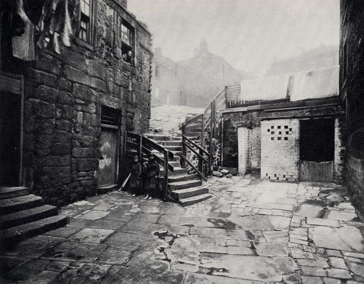 Thomas Annan - High Street, Glasgow, between 1868-1877
