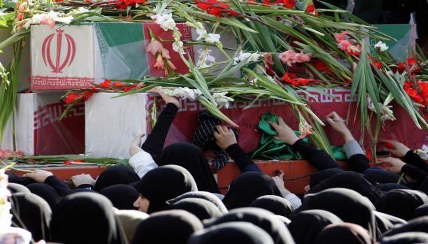 Lagi Tiga Militan Syiah Liwa Fhatimiyun Tewas di Suriah  foto by: kiblat  Syiahindonesia.com - Setidaknya tiga anggota milisi Liwa Fhatimiyun tewas dalam pertempuran melawan pejuang Suriah beberapa hari terakhir. Berita tersebut semakin menambah banyak daftar anggota milisi bayaran itu yang tewas di barisan rezim Bashar Assad. Dikutip dari Al-Araby Al-Jadid sejumlah media Iran pada Senin (15/08) mengabarkan tewasnya Salam Akbari Isa Ridhayi dan Asadullah Qurbani. Ketiga militan itu tewas…