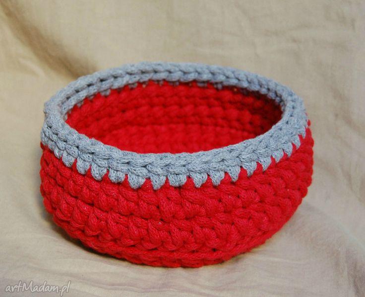 Koszyk ze sznurka bawełnianego. $12