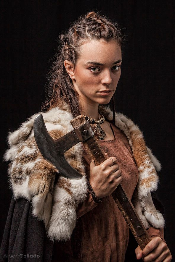 Medieval Viking Warrior.  Guerrera vikinga medieval