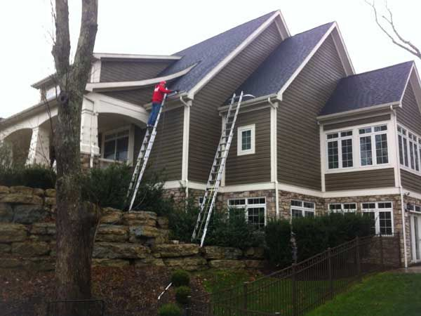 34 best gutter cleaing images on pinterest gutter cleaning home gutters overflowingalbemarlewindow cleaning can take care of that dangerous job that needs to be solutioingenieria Image collections