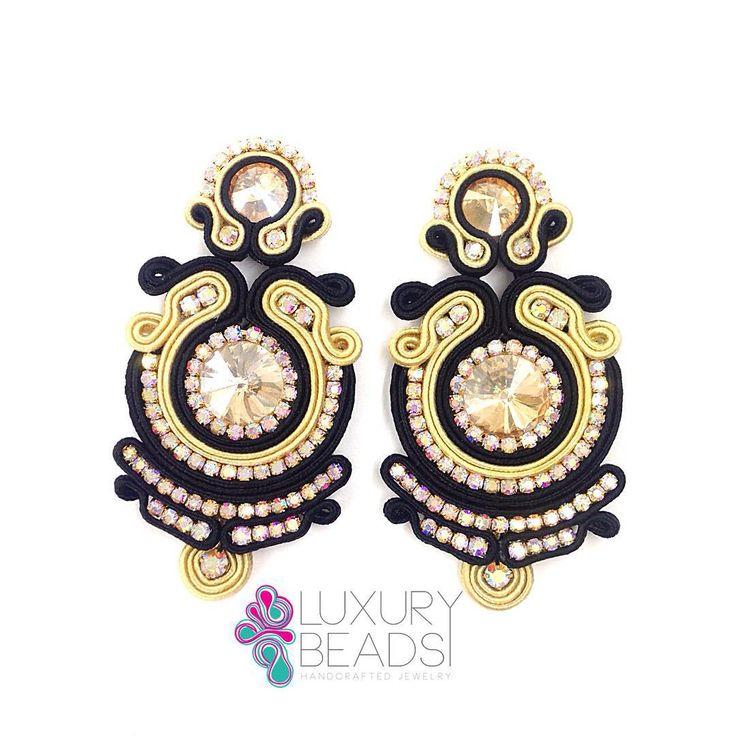 Encargo listo! #accesories #moda #fashion #zarcillos #brincos #beadwork #beunique #glam #luxurybeads #earrings #handmade #fashion #fashionista #yolo #accesorios