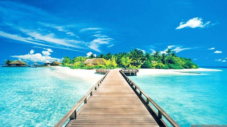 Most Beautiful Beach 4K (Ultra HD) -  Instrumental Romantic Piano Love S...