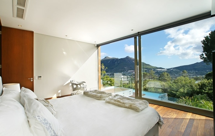 The Spa House, Hout Bay.  http://www.capetownvillas.net/hout-bay/the-spa-house