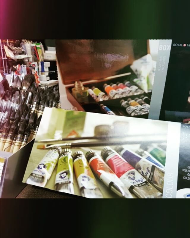 Art Supplies. Oil Colors and Brushes. #artsupplies #oilcolors #brushes
