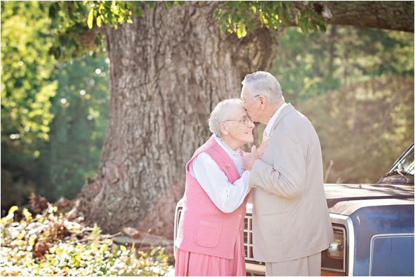 60th Wedding Anniversary Session // Photo Credit: Megan Vaughan Photography // via Le Magnifique Blog