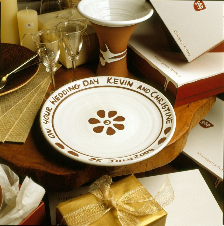 Lovely gift for couple in love. Stephen Pearce Pottery.