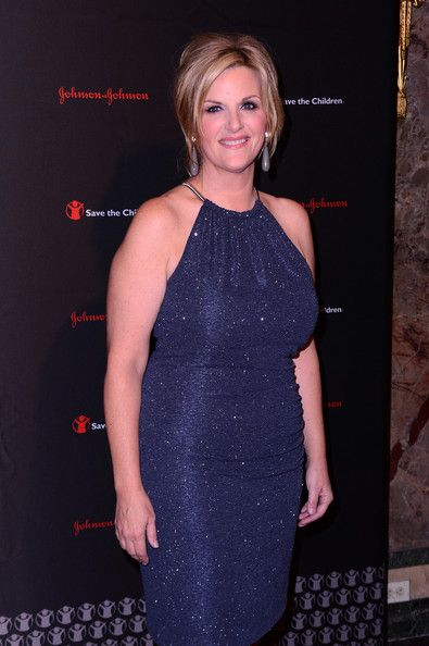 Trisha Yearwood Photos - Singer Trisha Yearwood attends the 2nd Annual Save The…